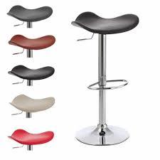drehstuhl k che innenarchitektur geräumiges barhocker für die küche design