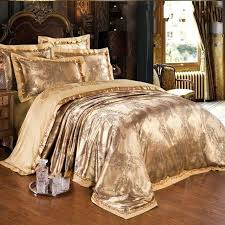 What S A Duvet What Is A Duvet Cover Home And Bed Luxury Bed Covers Luxury King