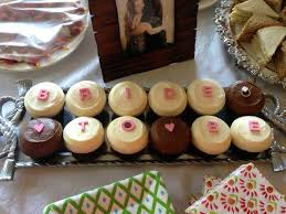 bridal cupcakes cat lippman bartkus cupcakes bridal shower 2051943 weddbook