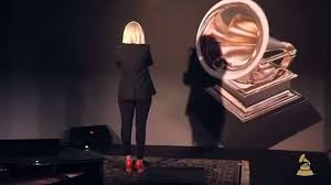 Sia Singing Chandelier Live Sia Chandelier Live Grammys 2015 Dailymotion