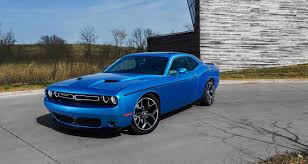 dodge challenger vs ford mustang pony power 2016 dodge challenger vs 2016 ford mustang