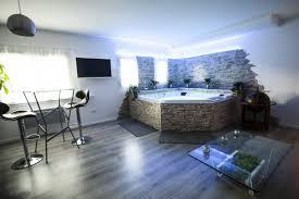 hotel avec dans la chambre herault suite avec privé près de montpellier introuvable