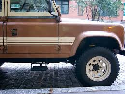 land rover one the street peep 1983 land rover defender 110