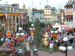 mouseplanet tricks and treats from magic kingdom u0027s not so scary
