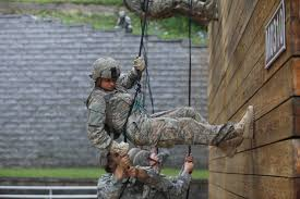 first female soldiers graduate elite army ranger school history made army ranger school to graduate its first female
