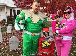 30 adorable family halloween costume ideas purewow
