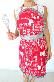 vintage apron pattern with sweet ruffles