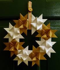 origami german wreath simple subtle