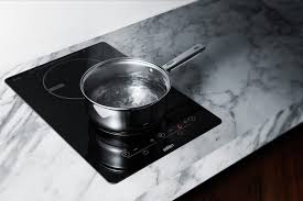 Electromagnetic Cooktop Summit Sinc2b120 13 Inch Induction Cooktop With 7 Piece Cookware