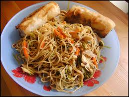 cuisiner des pates chinoises direction la chine aiguillettes de poulet et nouilles chinoises