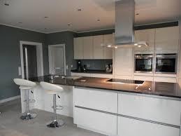 küche wandfarbe graue kuche hwsc us modernen luxus kleine küche grau modern
