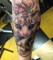 amazing cat tattoo on leg