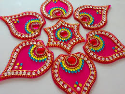 how to make acrylic rangoli diy kundan rangoli youtube