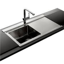 evier cuisine design évier verre et inox installez des éviers design dans la cuisine
