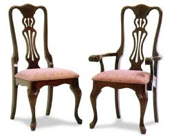 reeded queen anne amish dining room chairs amish dining room