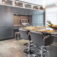 rangement cuisine pratique du rangement mur à mur cuisine inspirations décoration et