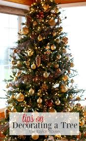 how to decorate a tree the house
