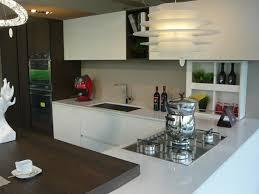 cuisine laqu馥 blanche plan de travail gris cuisines laqu馥s blanches 59 images awesome cuisine blanc laque
