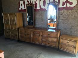 Hollywood Bedroom Set by Thomasville Mid Century 4 Piece Bedroom Set Hollywood Regency
