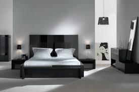 chambre a coucher noir et blanc chambre a coucher noir moderne outil intéressant votre maison