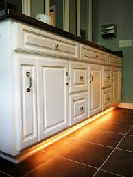 Lighting In Bathroom by Best 25 Under Cabinet Lighting Ideas On Pinterest Cabinet