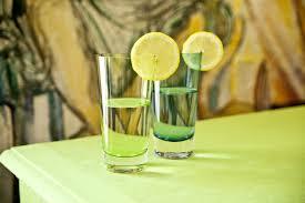 bicchieri verdi bicchieri verdi colore e stile in tavola dalani