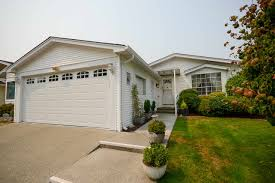 5245 schooner gate in delta neilsen grove house for sale ladner