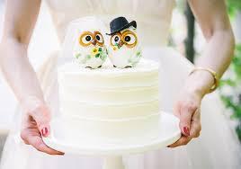 owl wedding cake topper summer ohio wedding inspiration 100 layer cake