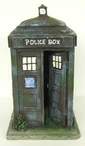 dr who tardis aquarium ornament large co uk pet supplies
