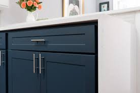 shaker style kitchen cabinet pulls our 16 most popular knobs and pulls for kitchens updated