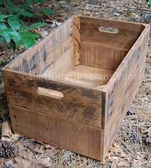 Plans To Make A Wooden Toy Box by 25 Best Pallet Boxes Ideas On Pinterest Rustic Storage Boxes