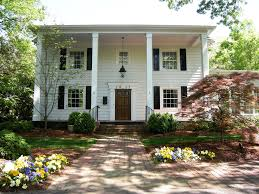 Luxury Homes In Greensboro Nc by Discover Charlotte Neighborhoods Foxcroft Community Near Myers Park