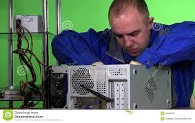 adultere au bureau le type informatique d ingénieur support change la mémoire ram d