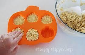 rice crispy treat pumpkins pumpkin spice o lantern rice krispie treat pops hungry