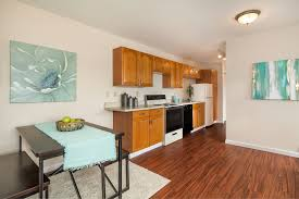 In Law Apartment by Solitude On Lake Washington Janusgroup At Re Max Integrity