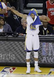 video stephen curry shows bay area love gratitude at dub nation