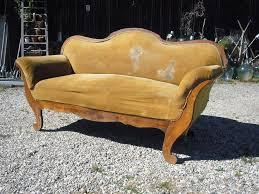 altes sofa antik oma s altes sofa sitzsofa shabby biedermeier zum herrichten