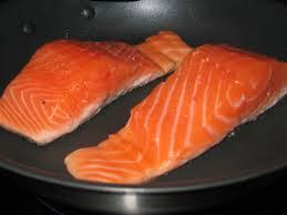 cuisiner un filet de saumon recette saumon le des recettes saumon illustrées
