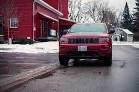 jeep grand cherokee trailhawk black review 2017 jeep grand cherokee trailhawk canadian auto review