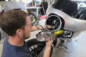 tech bmc harley davidson fxr style dyna fairing install bike