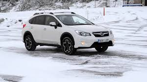 subaru crosstrek 2016 subaru xv 2016 on ice uphill test nokian wr a3 youtube