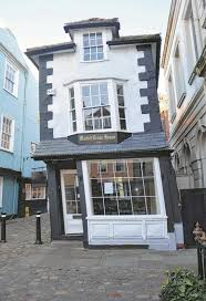 Crooked House Windsor Famous Leaning Building The Crooked House Is On The Market