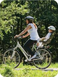 siège bébé vélo hamax transporter un enfant à vélo au quotidien toutes les solutions