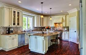 pictures of antiqued kitchen cabinets pictures gallery of kitchen ideas with antique white cabinets