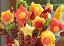 plastic skewers for fruit arrangements fruit bouquet dailybuzz 9 9 itsy bitsy foodies