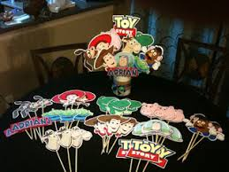 lc card making corner toy story b day centerpiece