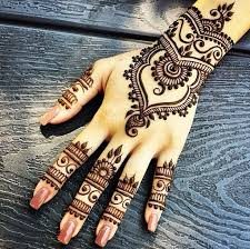 gorgeous henna design for the tattoos and piercings