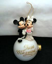 disney ornament mickey minnie mouse wedding just married glass