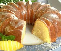 lemon pound cake with lemon glaze great for summer food