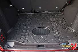jeep patriot cargo mat 2015 18 jeep wrangler unlimited rear cargo mat tray with subwoofer
